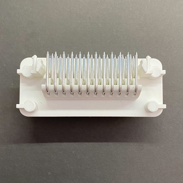 Connector plug Female 3 Way White with Protection and Base